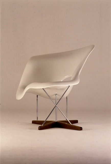 Furniture the work of charles and ray eames a legacy of invention exhibitions library of - Charles eames chaise ...
