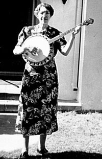Myrtle B. Wilkinson with her banjo