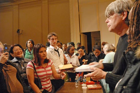 We three kings may 2008 library of congress information bulletin stephen king signing books for a group of students m4hsunfo