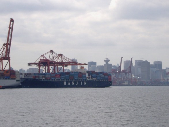 Bera issue 78 international economics trade international hanjin company container ship at port in the port of vancouver fandeluxe Gallery