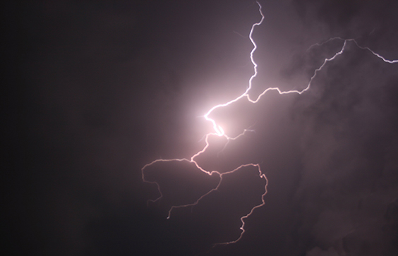 What Causes The Sound Of Thunder