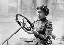 Race car driver Joan Newton Cuneo.  Photo by Bain News Service, about 1910-1917.