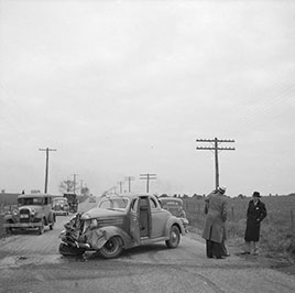 An automobile accident on the U.S. 40 between Hagerstown and Cumberland, Maryland. Photo by Arthur Rothstein, 1936